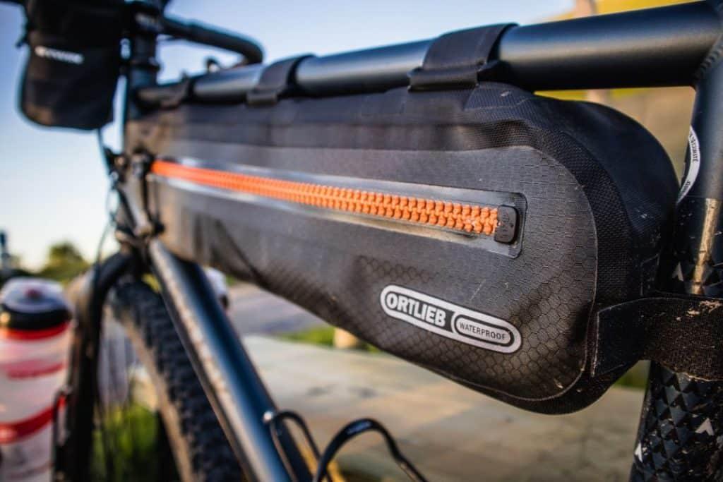 Ortlieb Bikepacking Taschen Set Frame-Pack Toptube mit wasserdichtem Reisverschluss