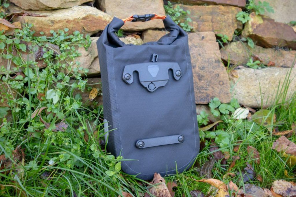 Ortlieb Fork Pack Test Rückseite Bikepacking Gabeltasche