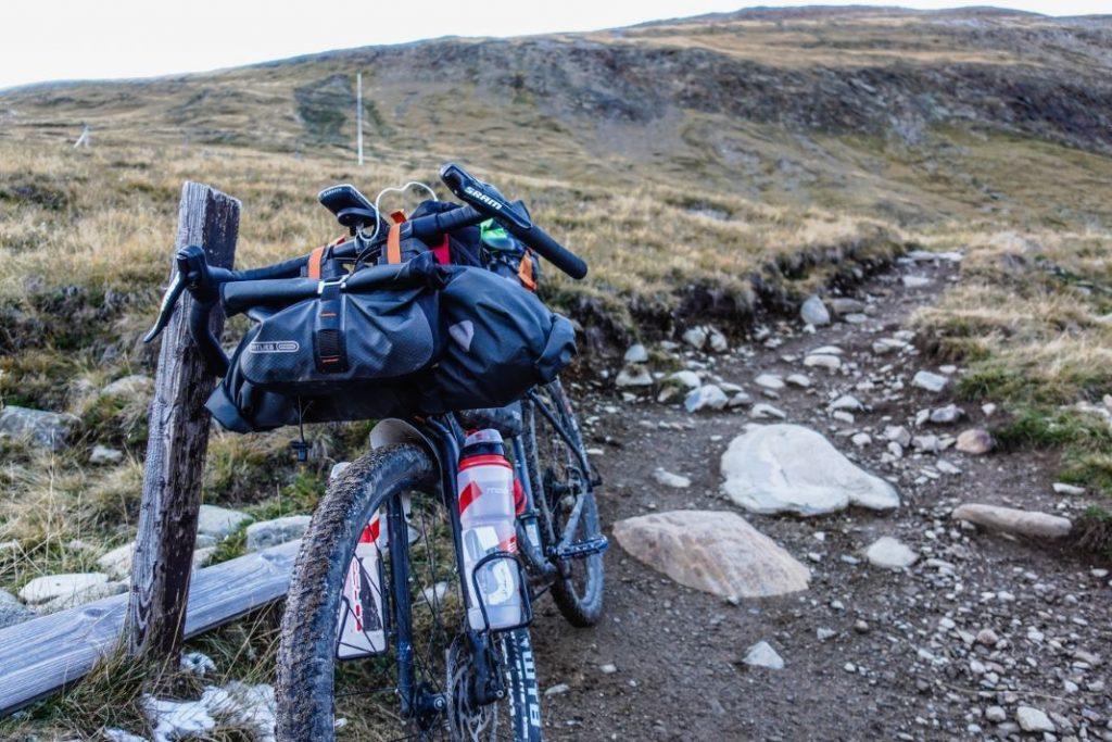 Ultimative Bikepacking Ausrüstung und Packliste Transalp