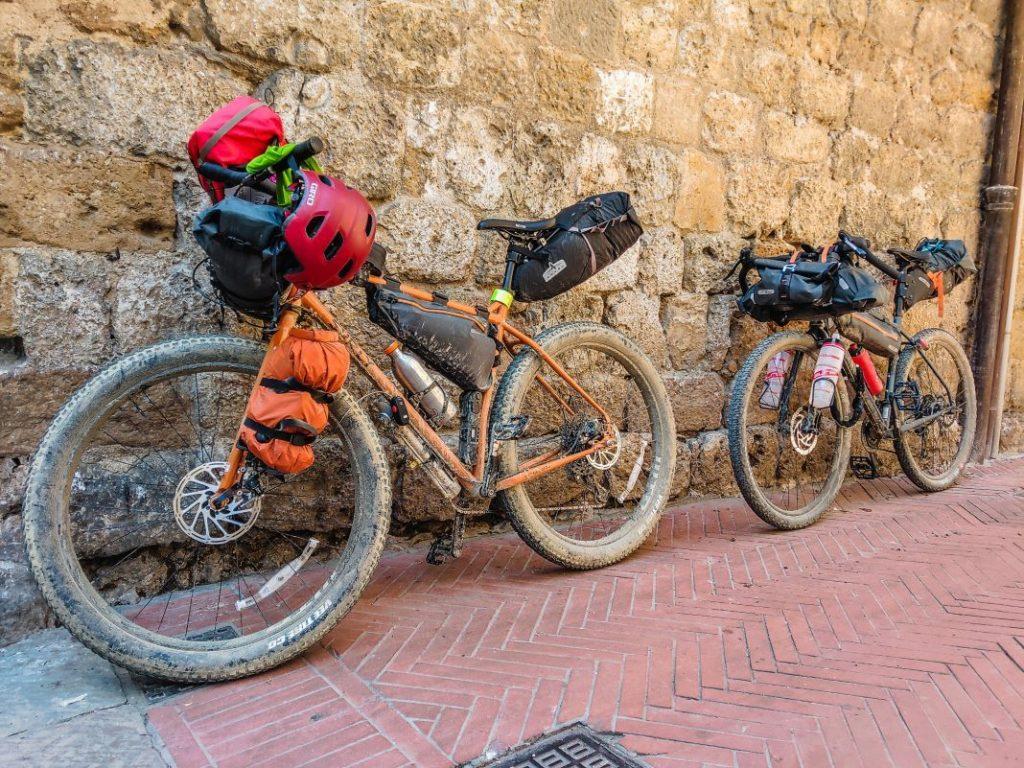 Surly ECR und Bombtrack Beyond 1 Tuscany Trail welches Fahrrad_72