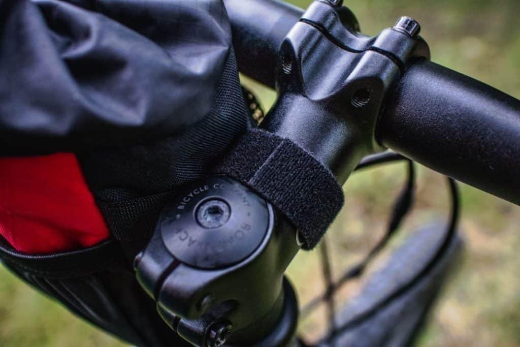 Revelate Designs Mountain Feedbag Lenkertasche Flaschenhalter Fahrrad Lenker 17