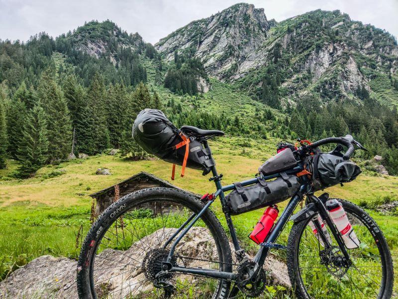 Bikepacking Routen in den Alpen Silvretta Hochalpenstrasse