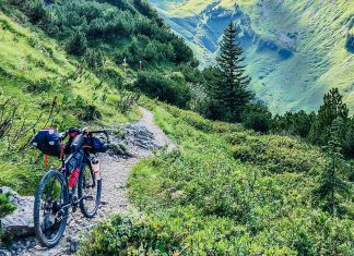 Schrofenpass MTB Abfahrt beginnt title