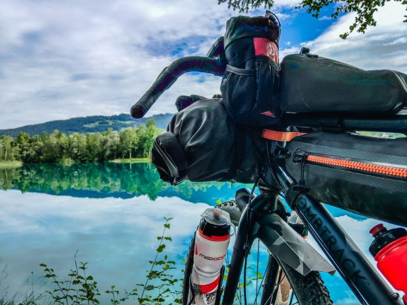 Schrofenpass MTB Alpensee Bikepacking Touren