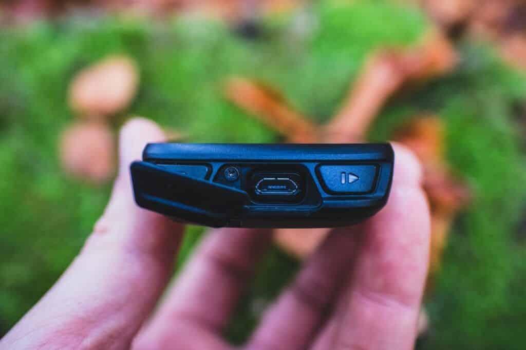 Garmin Edge Explore 530 Erfahrungen Micro USB Buchse