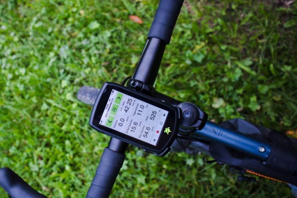 Tahuna Teasi One4 Test am Fahrradlenker im Fahrrad Navi Test