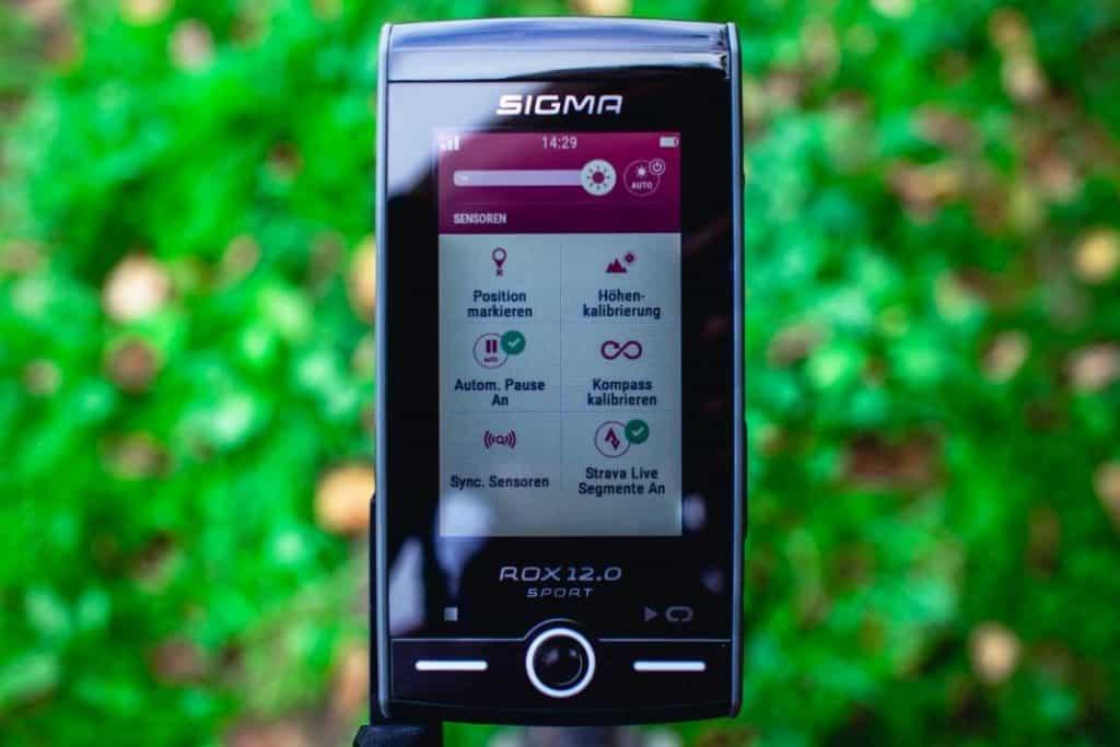 Sigma ROX 12 Erfahrung Statusseite Schnellzugriff beim GPS Fahrrad Navi