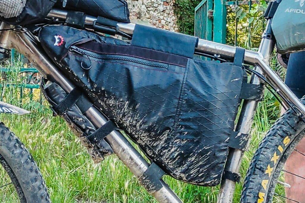 Bikepacking Taschen Test Vergleich Rahmentasche Frame Bag