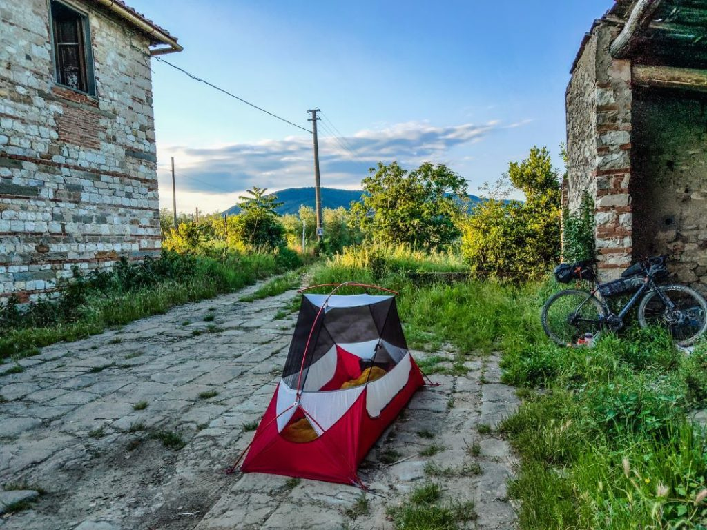 Bikepacking Zelt in Italien Tuscany Trail