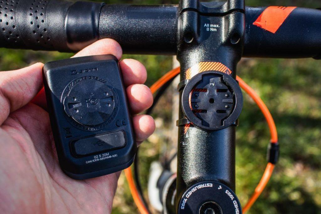 Sigma Sport Pure GPS Test vom Fahrradcomputer und Halterung