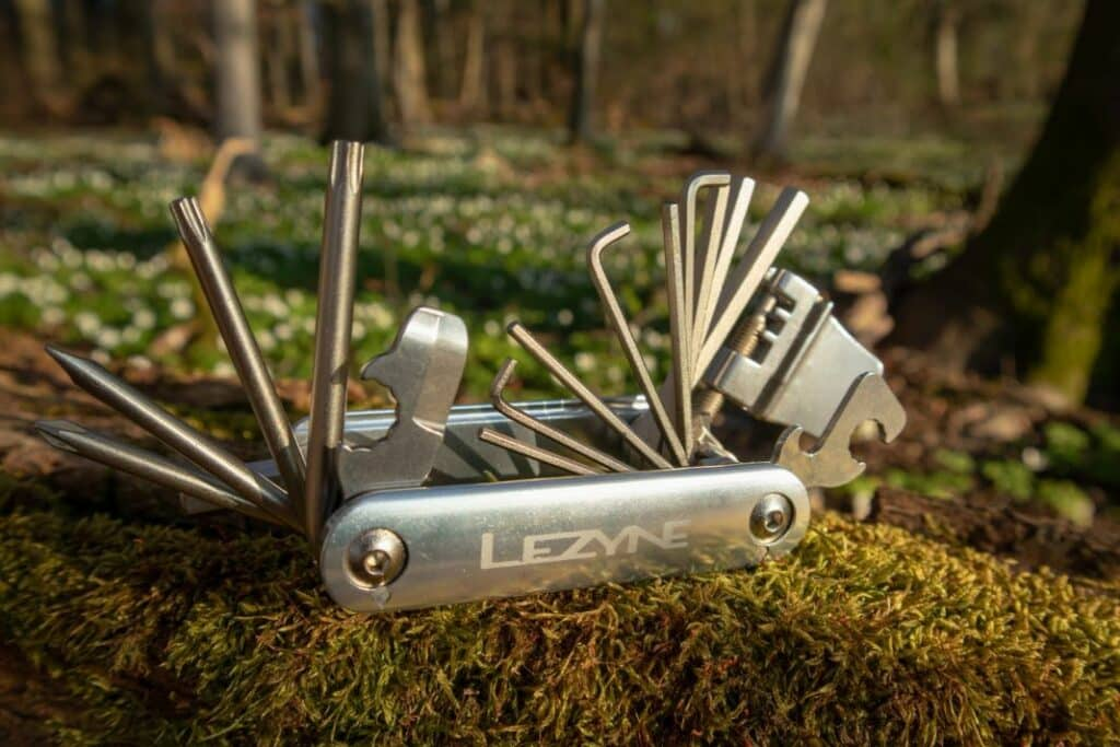 Lezyne Blox 23 Test Fahrrad Multitool Werkzeug