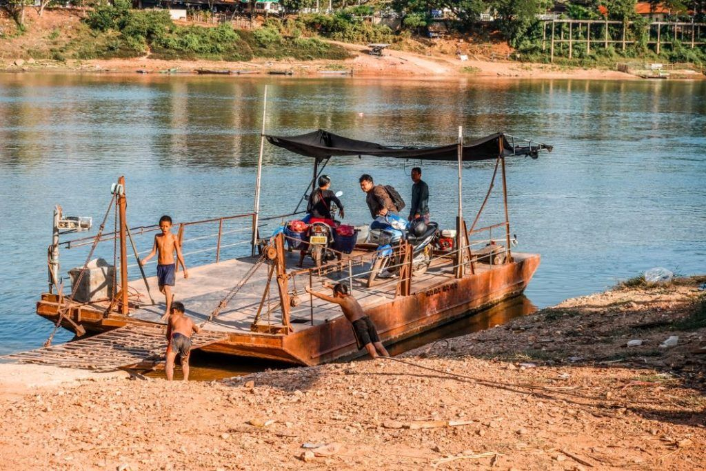 Laos Ship Ferry Vientiane Vang Vieng