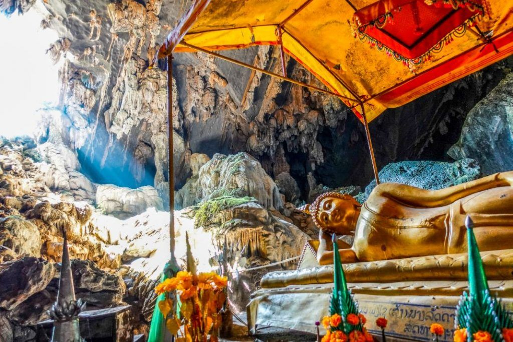 Vang Vieng sightseeing cave