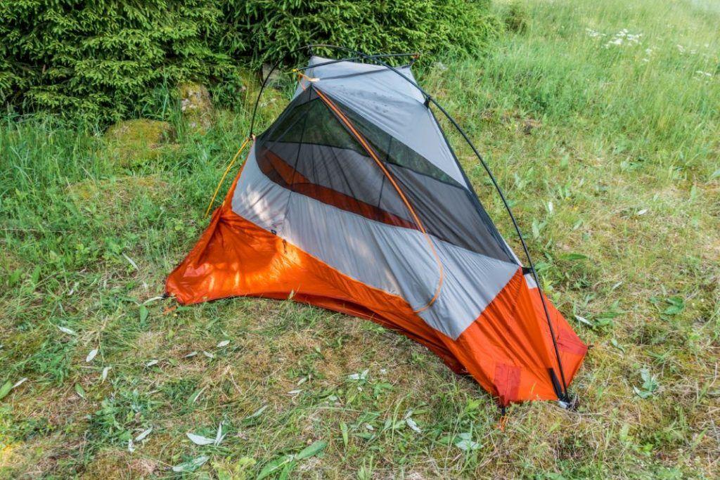 Forclaz Trek 900 Test Ultraleicht Zelt aufbauen freistehend