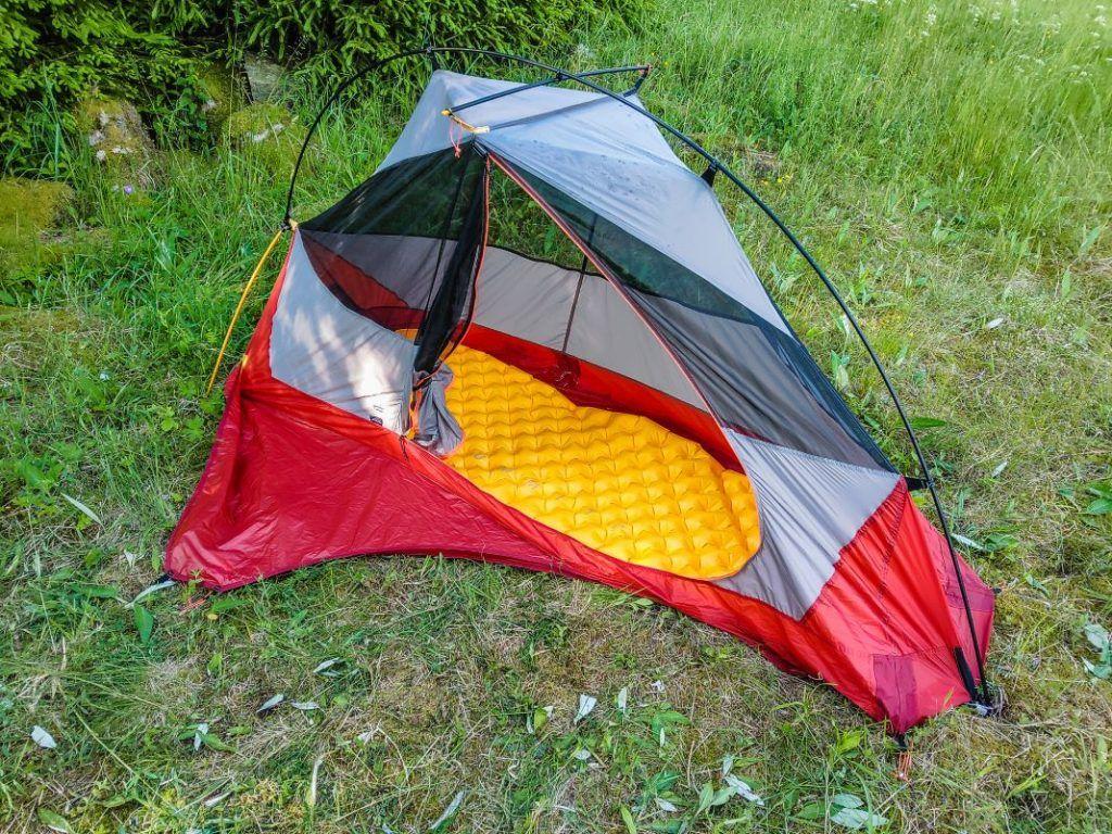 Forclaz Trek 900 Trekking Zelt unter 2 kg