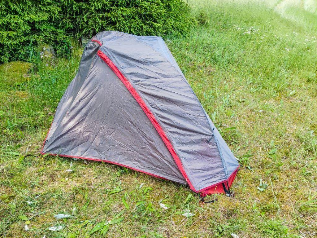 Forclaz Trek 900 Zelt kleines Packmaß Fahrrad