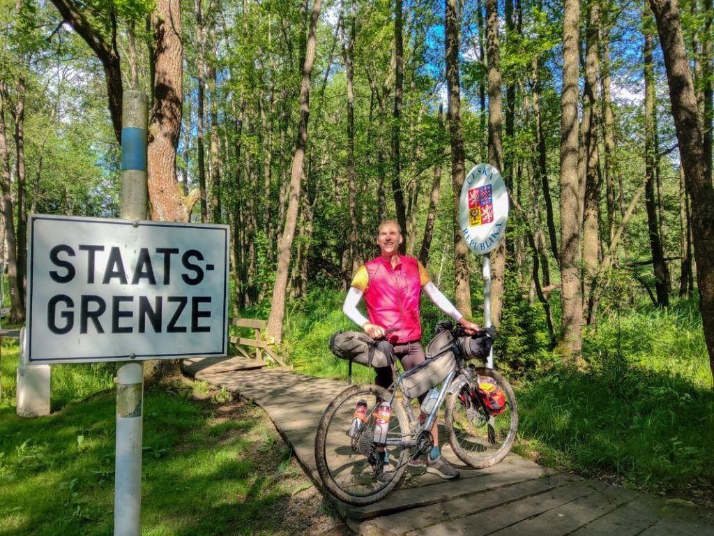 Topeak Bikepacking Taschen Test Erfahrungen Tschechische Grenze