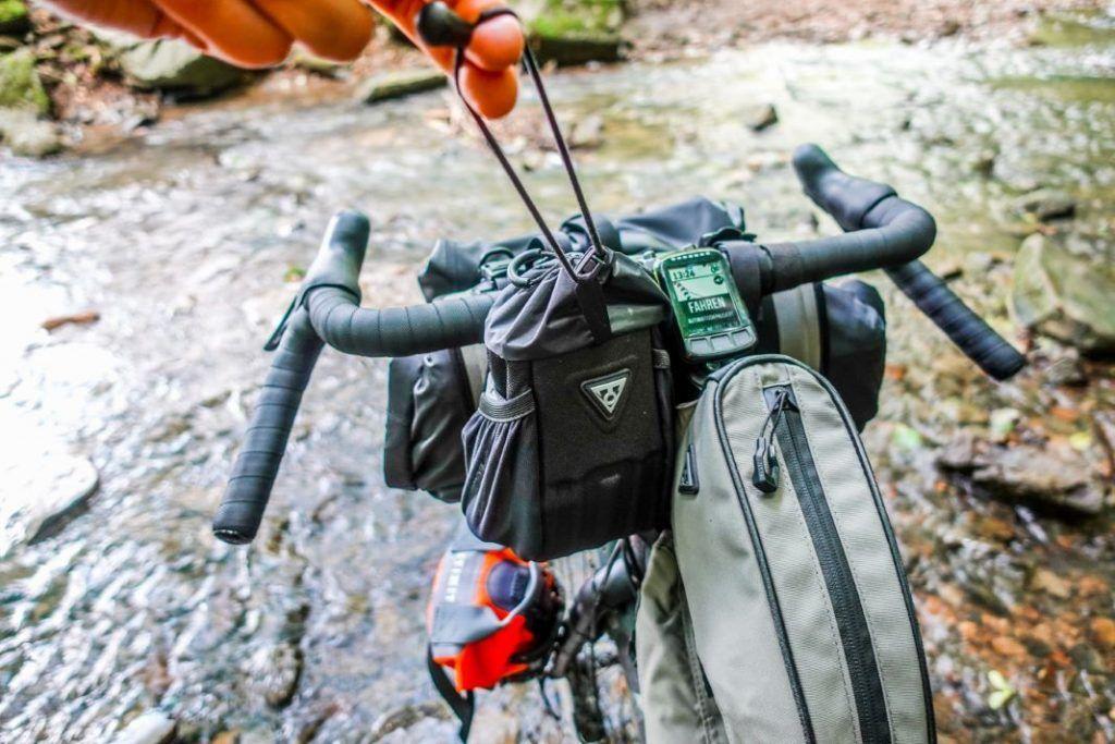 Topeak Freeloader Vorbautasche Lenkertasche Bikepacking Test Erfahrungen