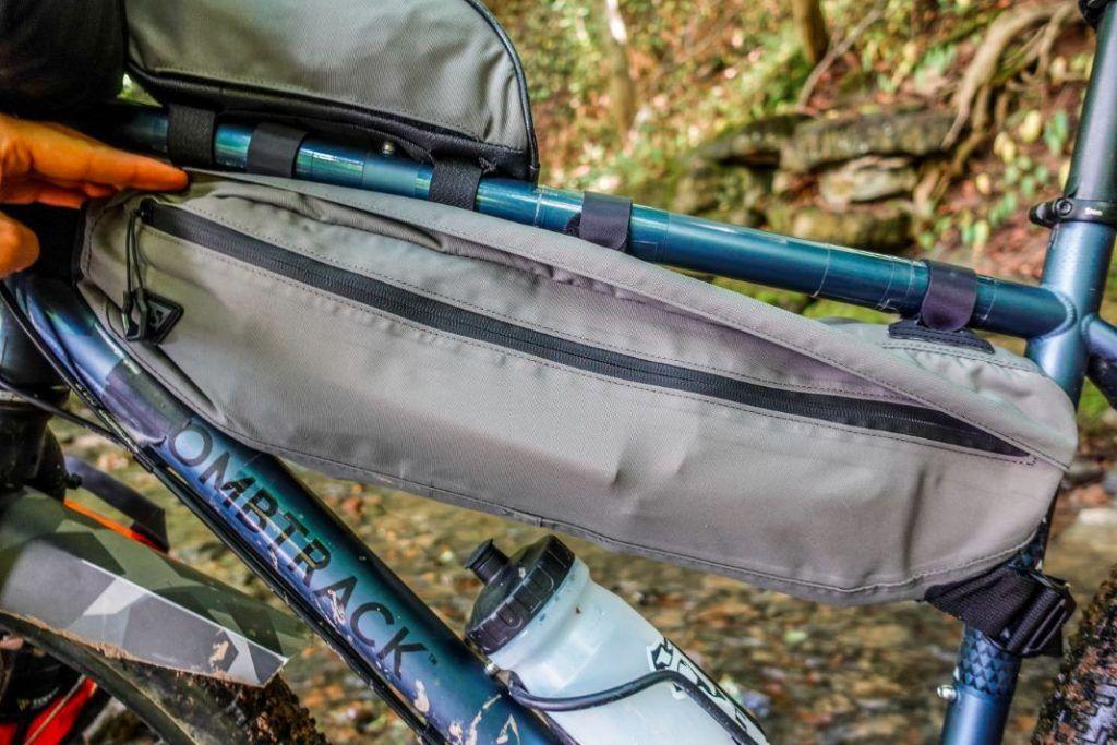 Topeak Midloader Rahmentasche Bikepacking Test Wasserfest