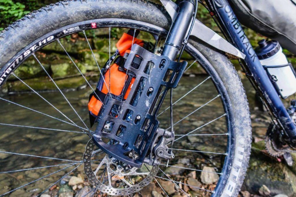 Topeak Versacage Gabeltasche Flaschenhalter Bikepacking Test