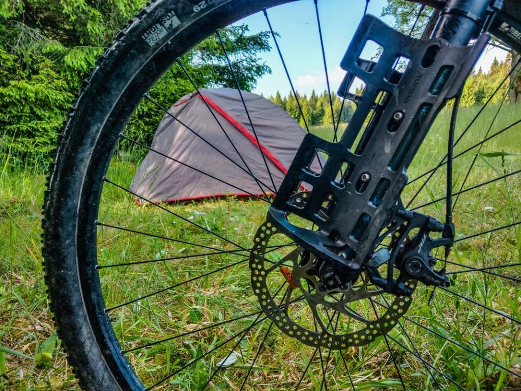 Zelt kleines Packmaß Fahrrad Forclaz Trek 900 ultralight