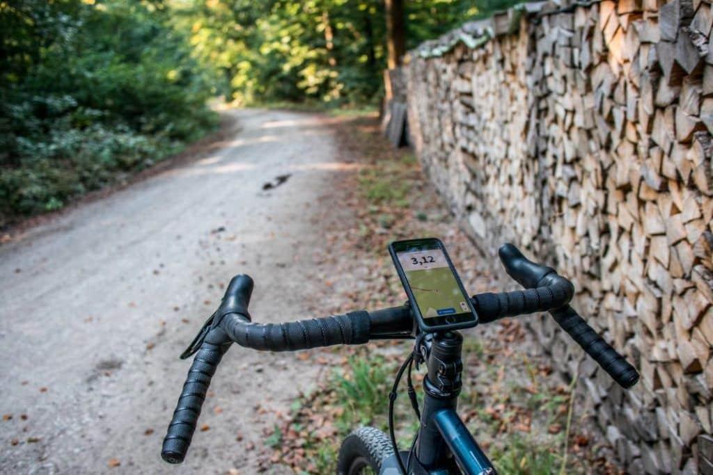 SP Connect Erfahrungen Bike Bundle Vorbau Handyhalter im Wald