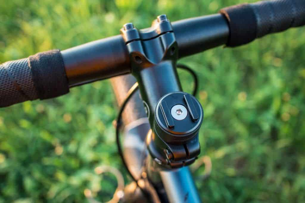 SP Connect Experience Bicycle Micro Stem Mount Alu mounted on Ahead Steruersatz