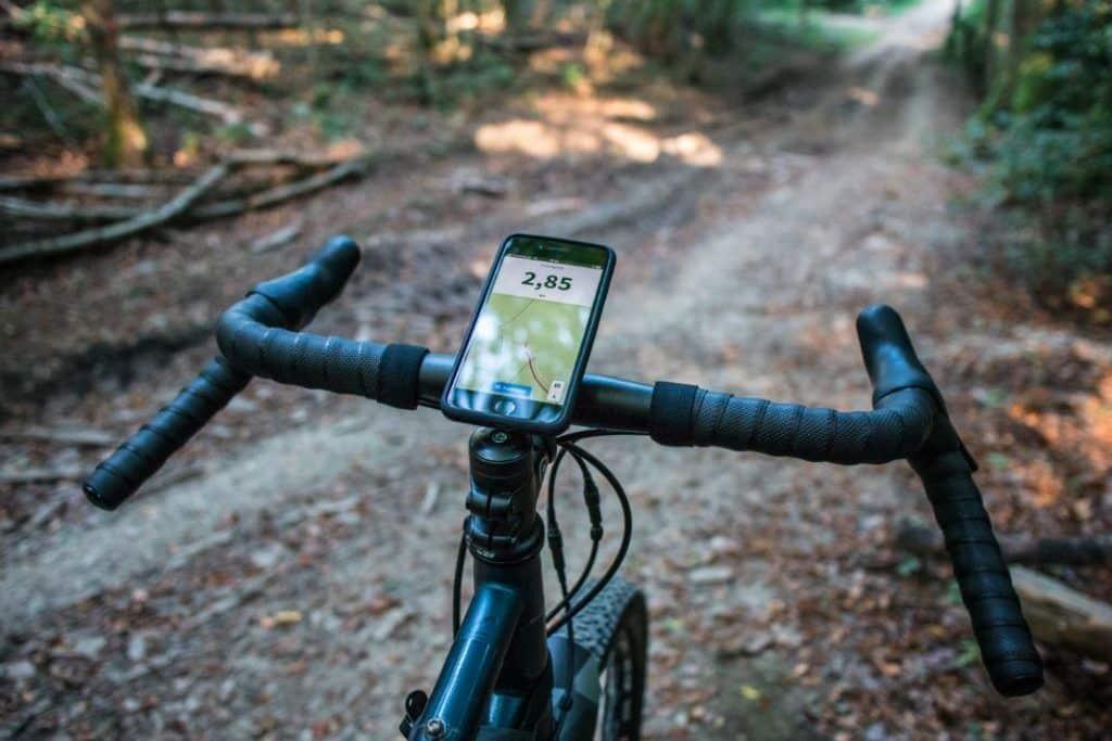 SP Connect Test Bike Bundle Vorbau Handyhalterung im Wald
