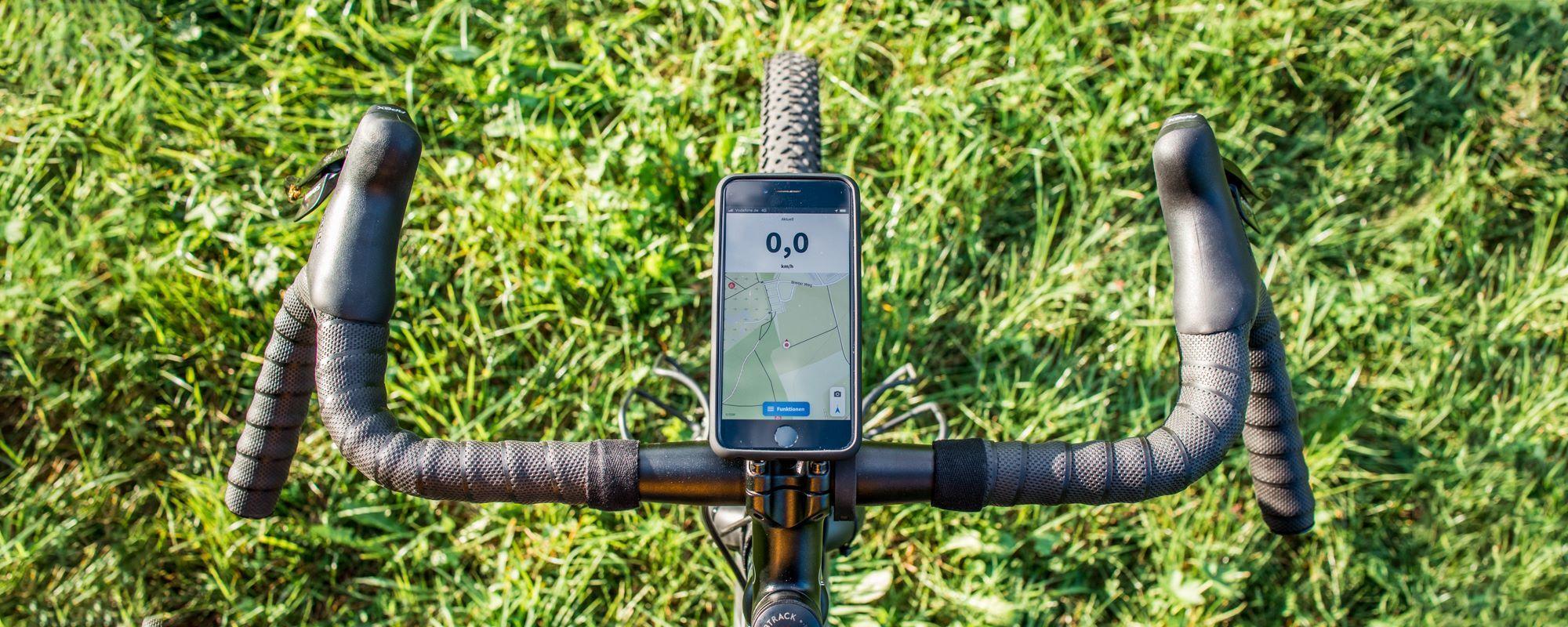 SP Connect Handyhalterung im Test - Erfahrungen mit dem vielseitigen Handyhalter für Lenker, Vorbau und Ahead-Steuersatz