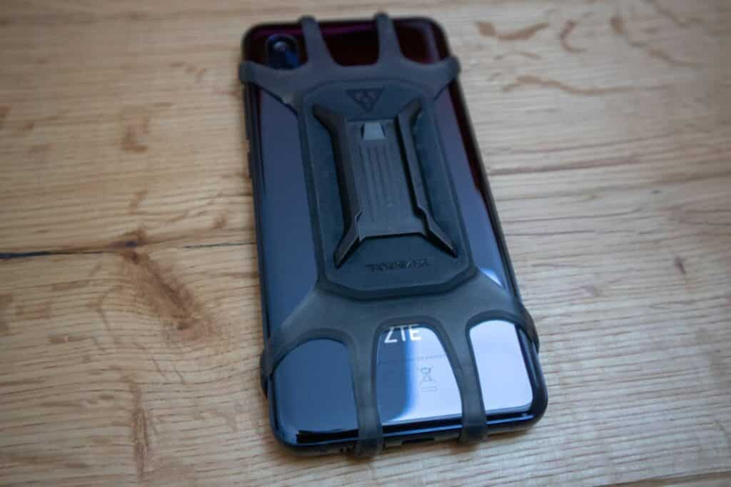 Topeak Ridecase Omni Fahrradhalterung am Smartphone hinten