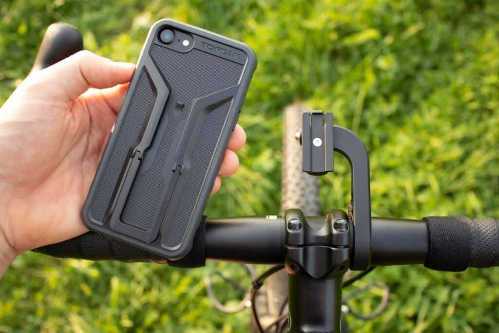 Topeak Ridecase Test Parocompo Aero Montage und Anbringung am Fahrrad