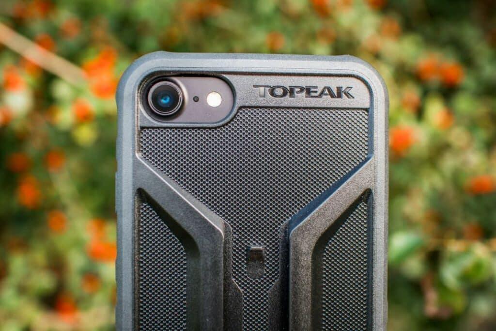 Topeak Ridecase iPhone Halterung im Test freie Anschlüsse hinten