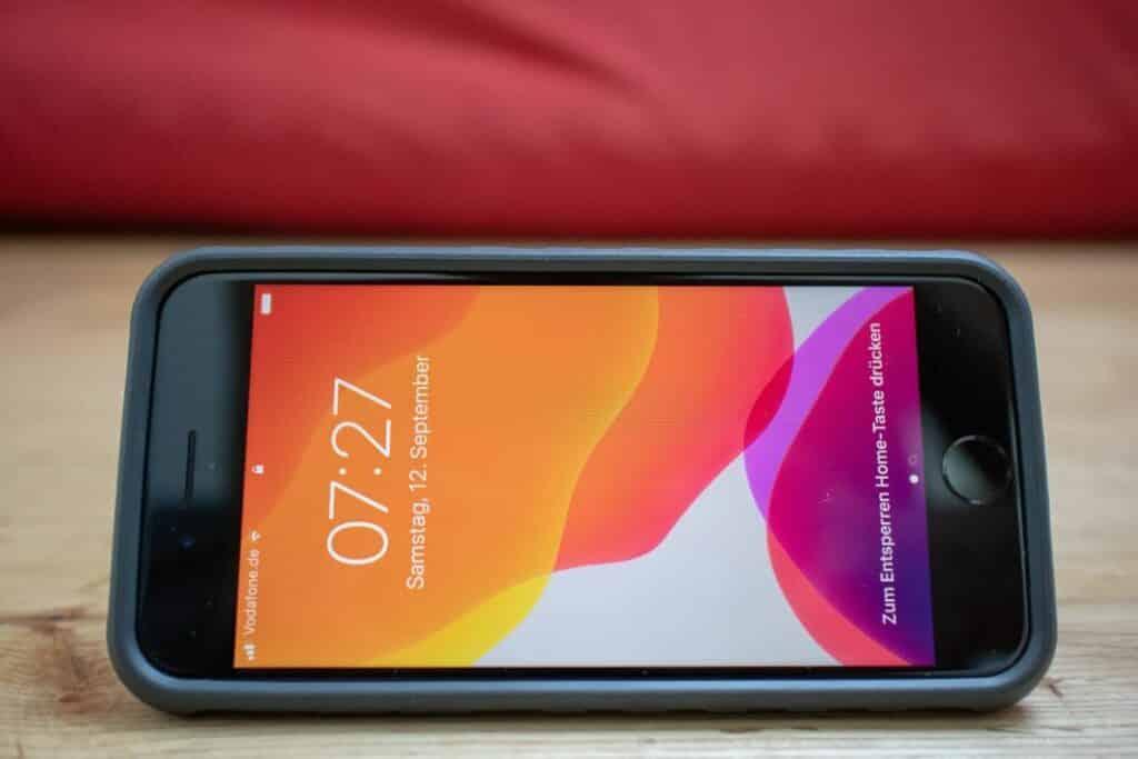 Topeak Ridecase iPhone Handyhalterung Flipstand Smartphone-Aufsteller Querformat