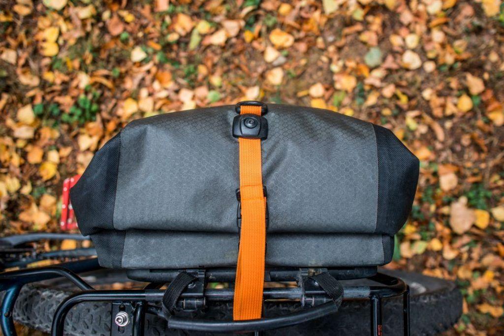 Ortlieb Gravel Pack Test kleine Fahrradtaschen Seite