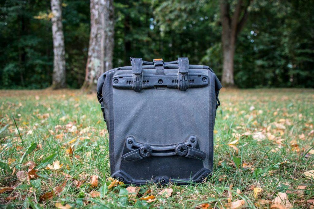 Ortlieb Gravel Pack Test kleine Fahrradtaschen Vorderrad und für hinten Ansicht hinten