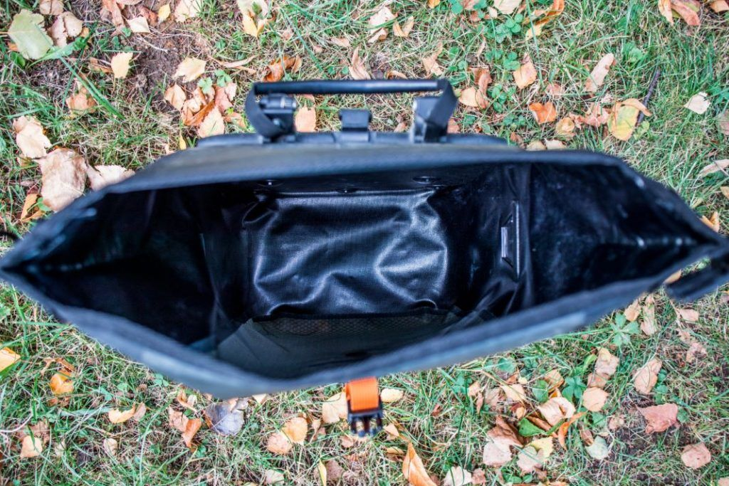 Ortlieb Gravel Pack Test small bike bags front wheel and for rear volume