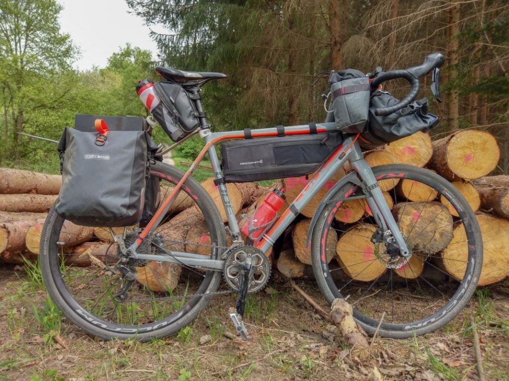 Ortlieb Gravel Pack Test und Erfahrungen mit kleinen Fahrradtaschen Deutschland