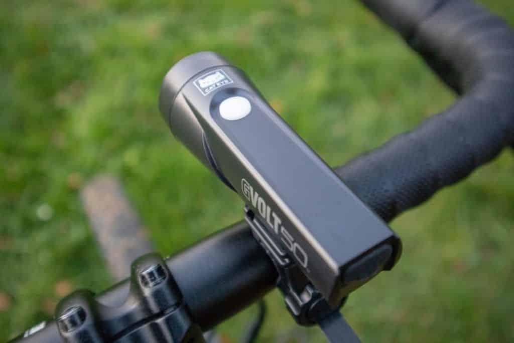 Cateye GVolt 50 Test Fahrradlicht Handhabung An Aus