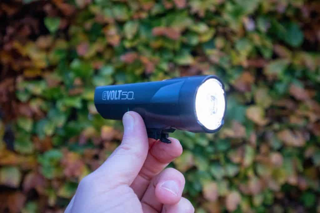 Cateye GVolt 50 Test Fahrradlicht leuchtet hell