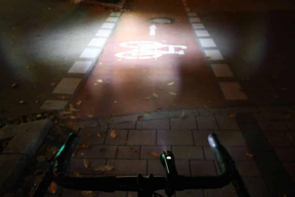 Cateye GVolt 50 Test Stadt Leuchtkraft Fahrradbeleuchtung