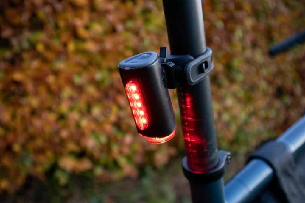Fischer LED Beleuchtungsset Test Rücklicht diagonal