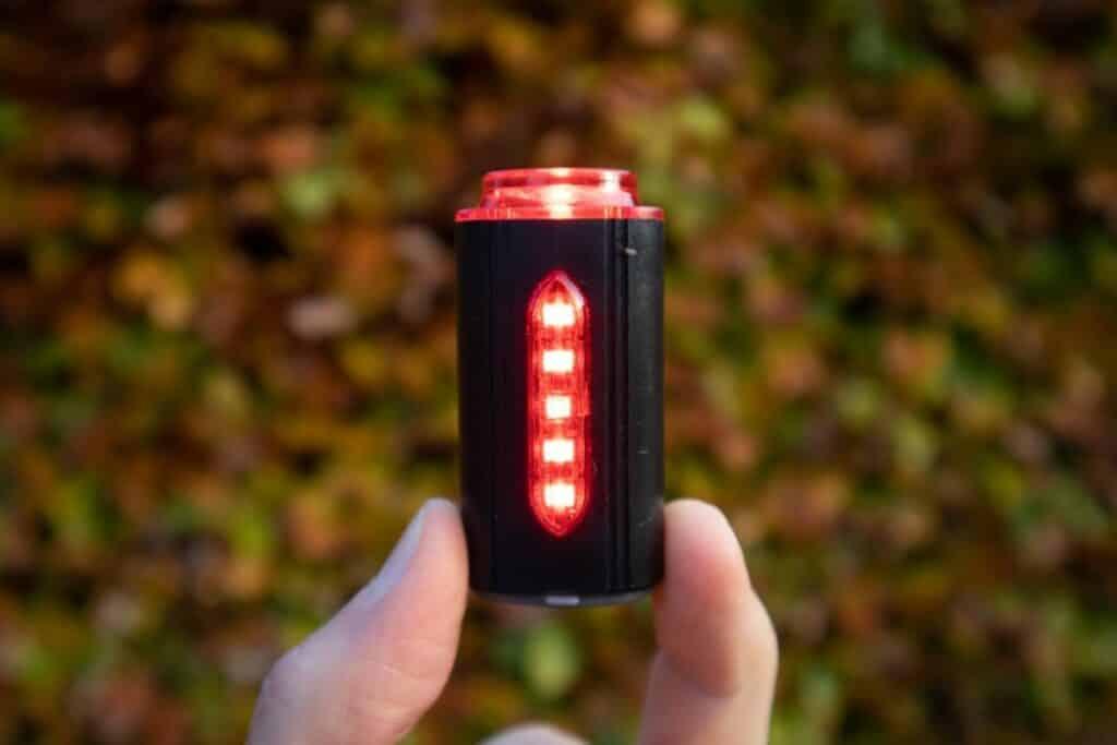 Fischer LED Beleuchtungsset Test Rücklicht leuchtet hell