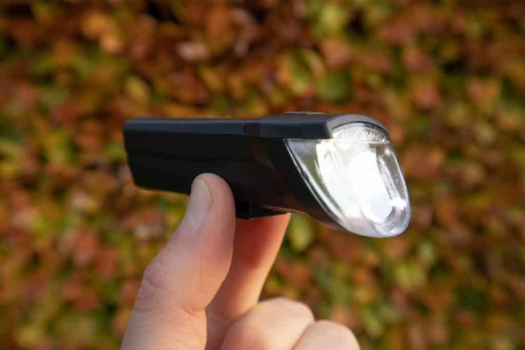 Fischer Led Beleuchtungsset Test helles Licht diagonal