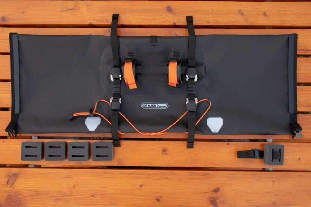 Ortlieb Handlebar Pack 15L Scope of delivery of the Bikepacking handlebar bag