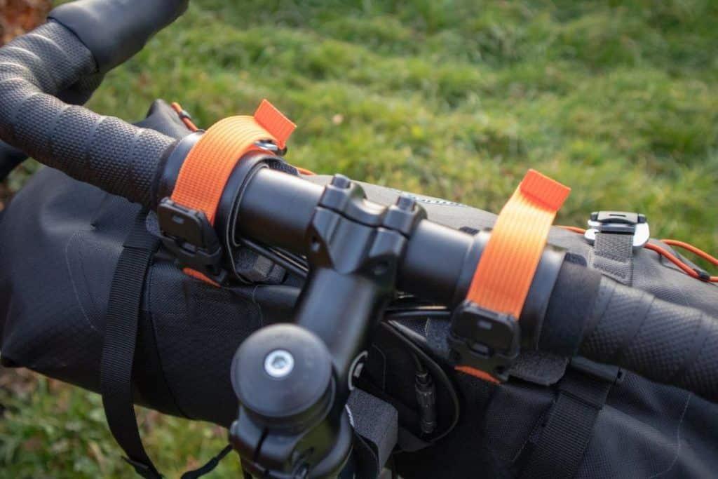 Ortlieb Handlebar Pack 15L Spacer und Gurte für Befestigung 1