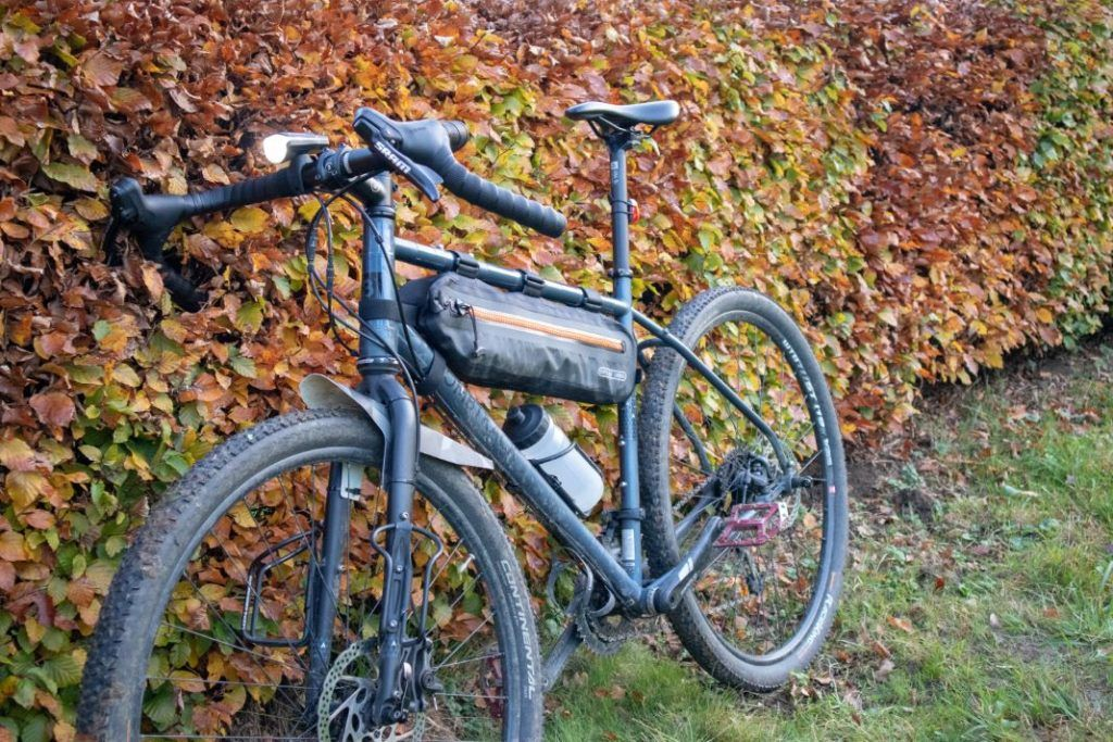 Sigma Aura 60 Set am Fahrrad montiert