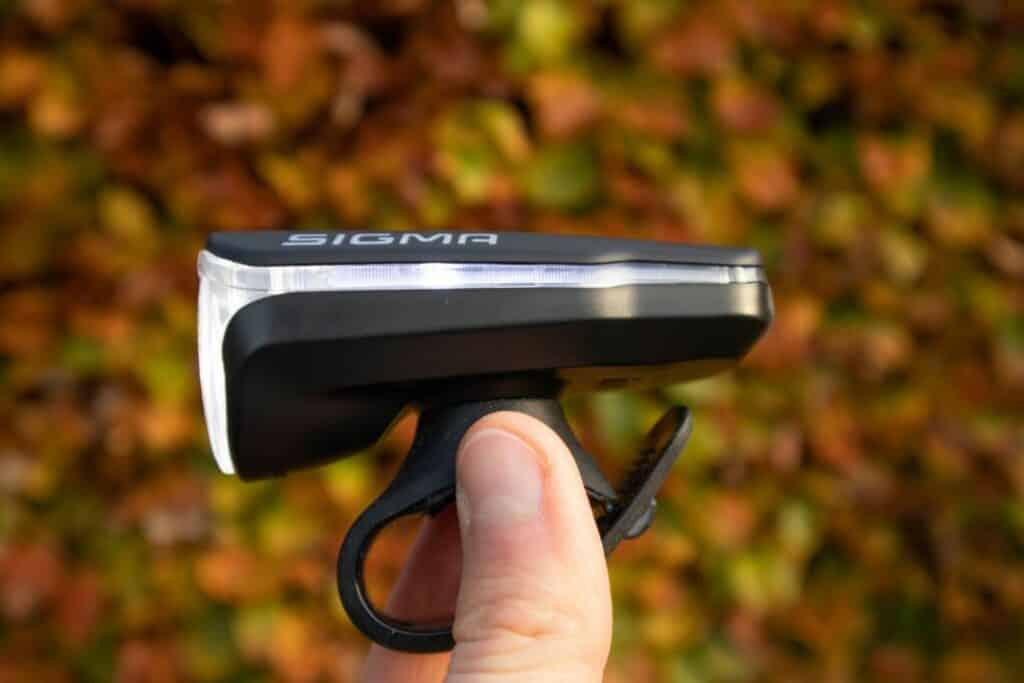 Sigma Aura 60 Test LED Fahrradlicht leuchtet links