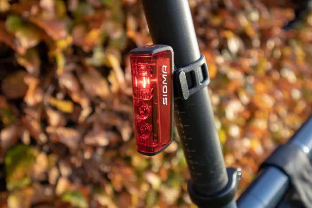 Sigma Aura 80 Blaze Fahrrad Rücklicht am Fahrrad