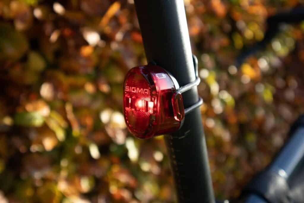 Sigma Sport Aura 60 Test Nugget II Rücklicht Fahrradlampe Rücklicht