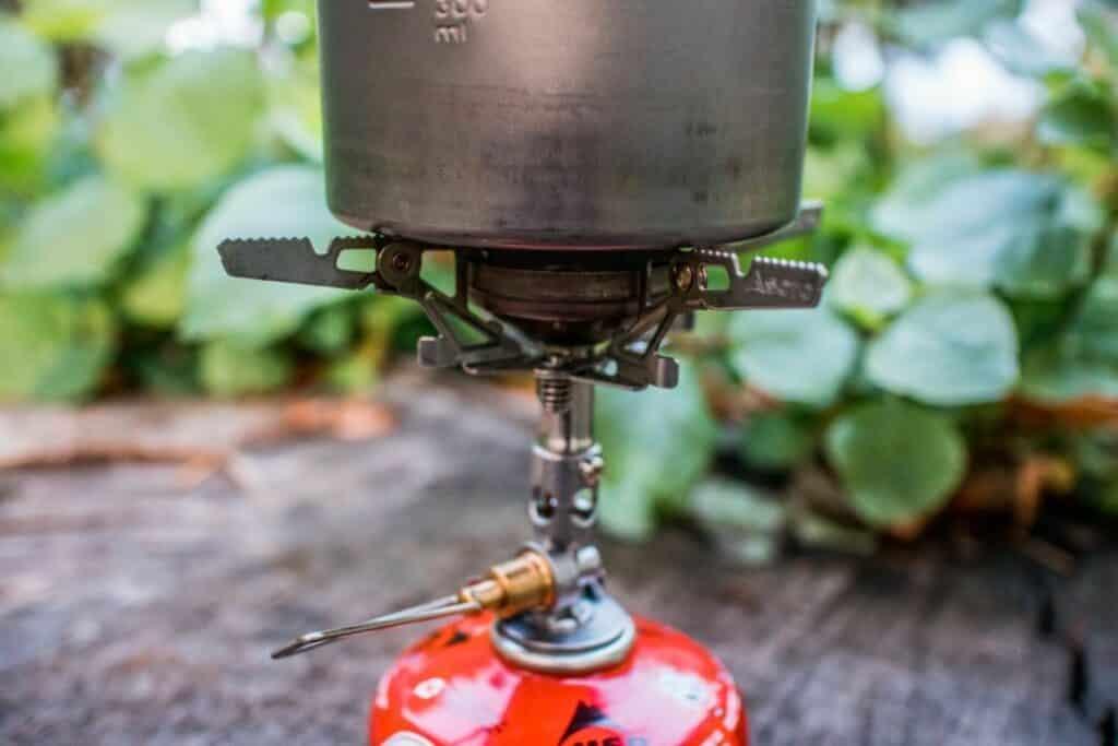 Soto Windmaster Soto Kocher mit Gaskartusche und Kochtopf